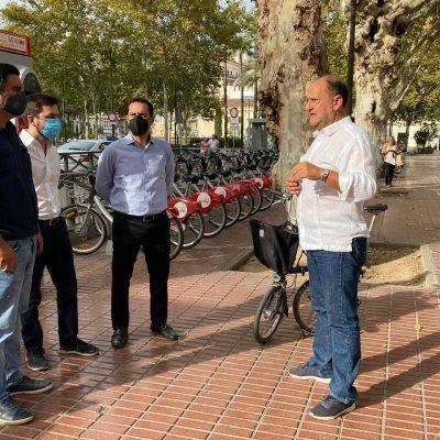 Escala de Mauricio Vila en Sevilla, una de las mejores ciudades para ciclistas y peatones