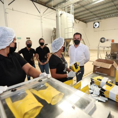 Emprendedores reciben el respaldo del Gobernador Mauricio Vila para impulsar sus negocios